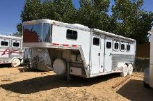 Featherlite - 9641 4 horse Slant Load